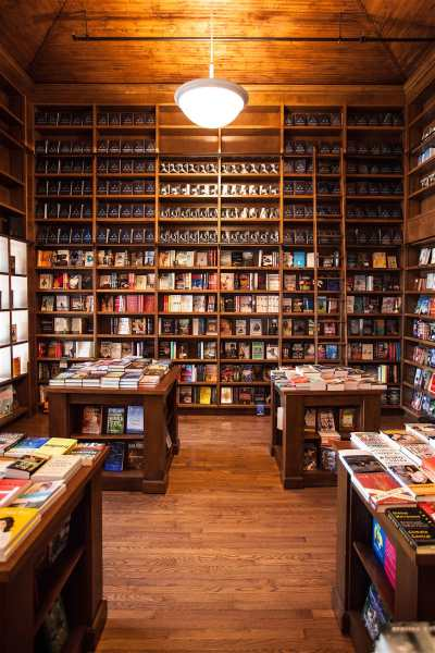 coral_gables_books_and_books_lonelyplanet-705402862175