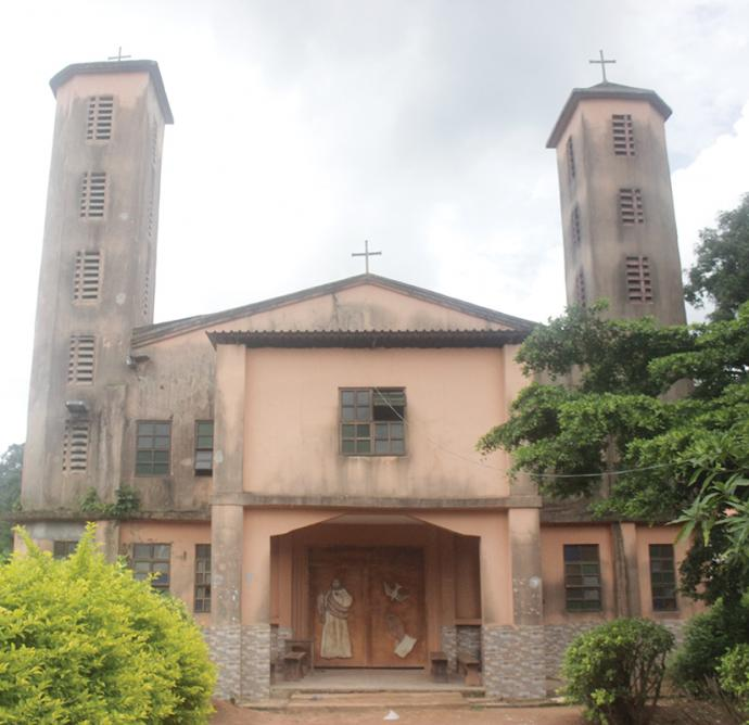 040721ugwu-church